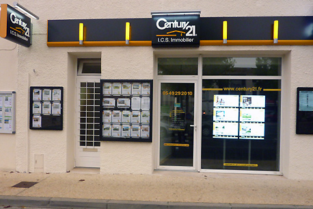 Agence immobilière CENTURY 21 I.C.S. Immobilier, 79110 CHEF BOUTONNE